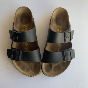 Birkenstock Arizona Black leather sandals Size 8